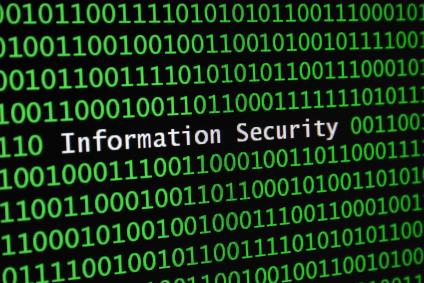 Matematyczny ciąg 0 i 1 złamany napisem o bezpieczeństwie informacji